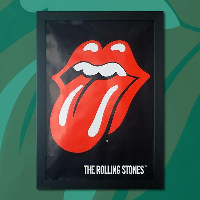 Rolling Stones 🎤 32 x 44 in.