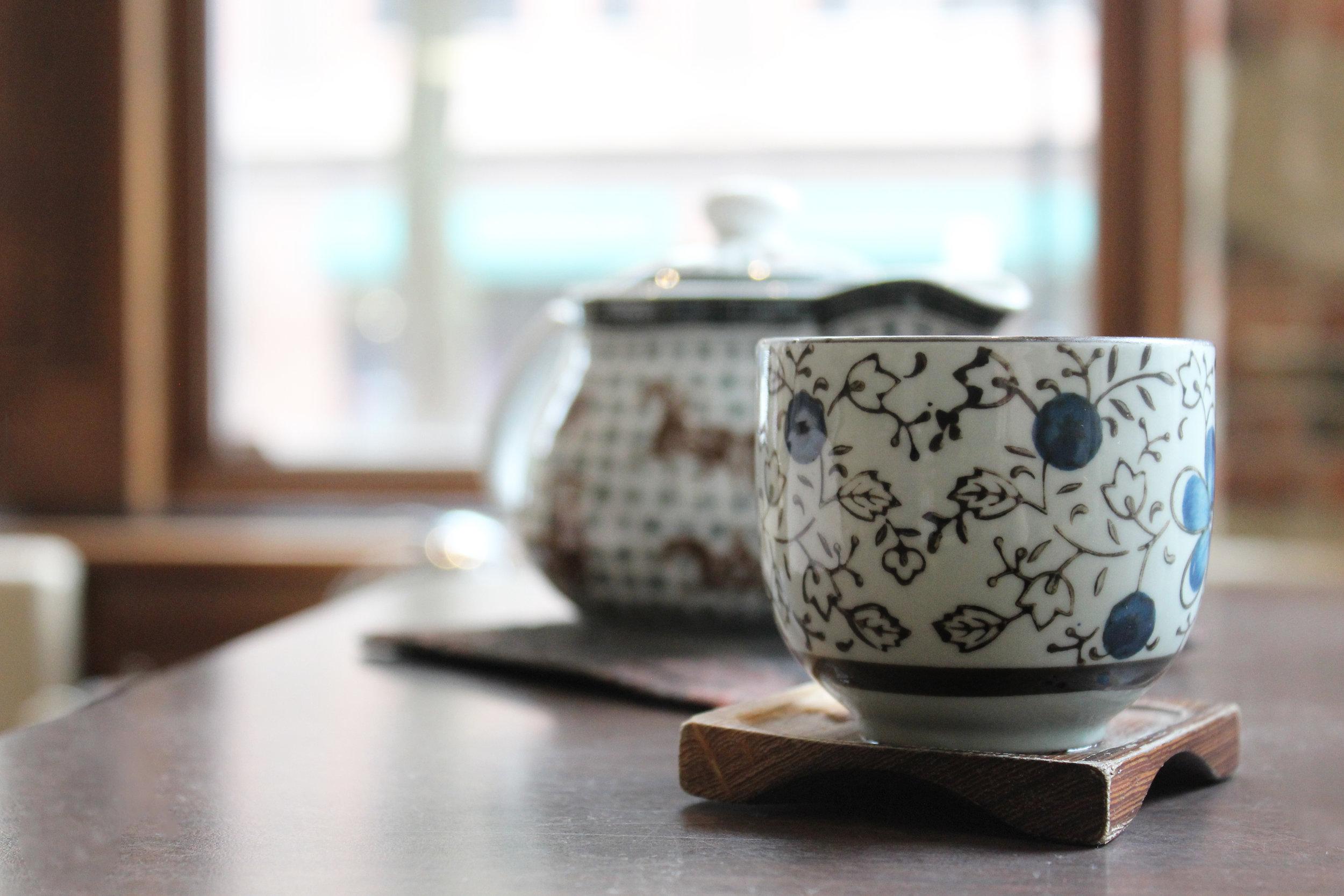 Tea Pots & Accessories -