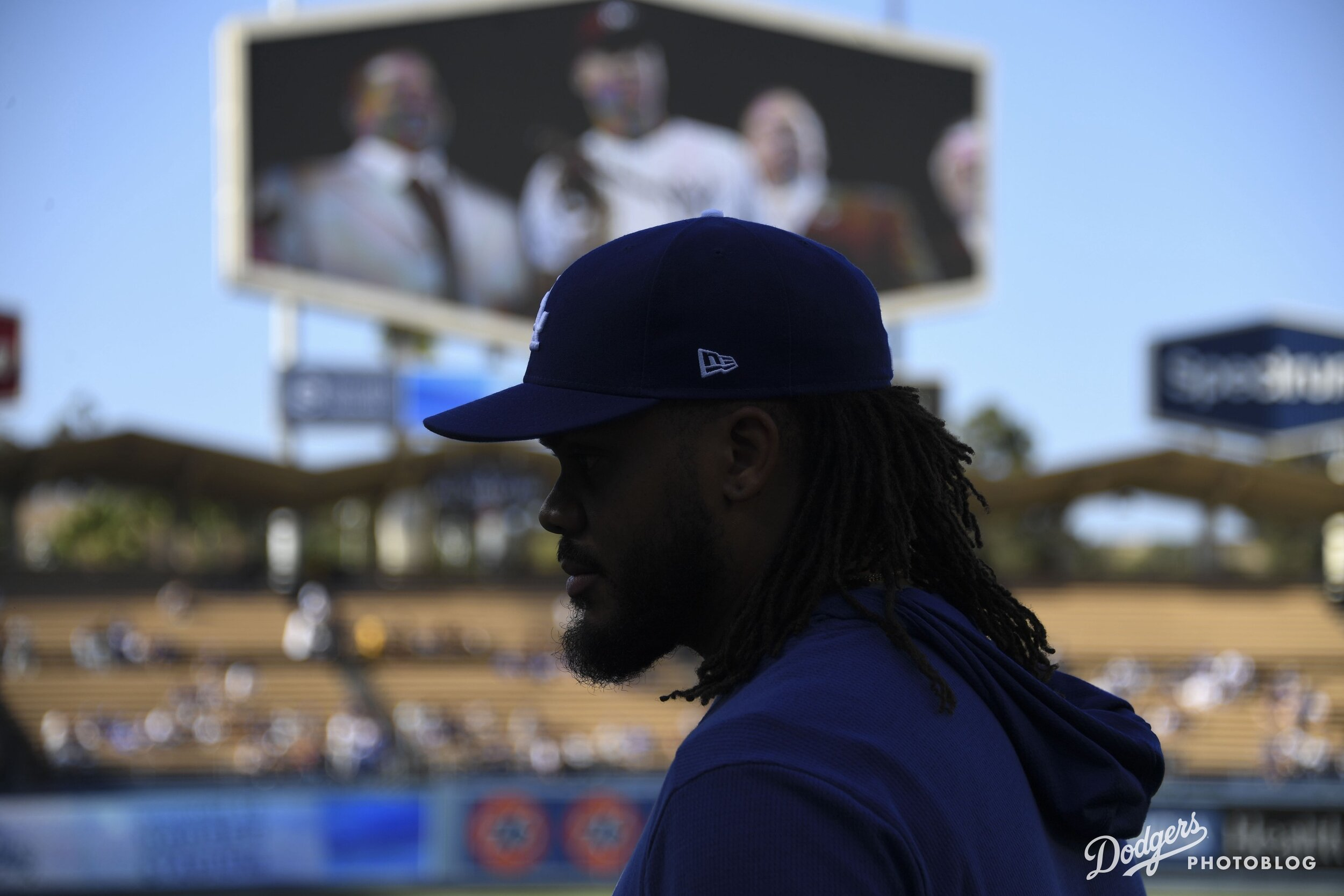 Kenley Jansen before he accepts his Roberto Clemente nomination. Jon SooHoo/Los Angeles Dodgers