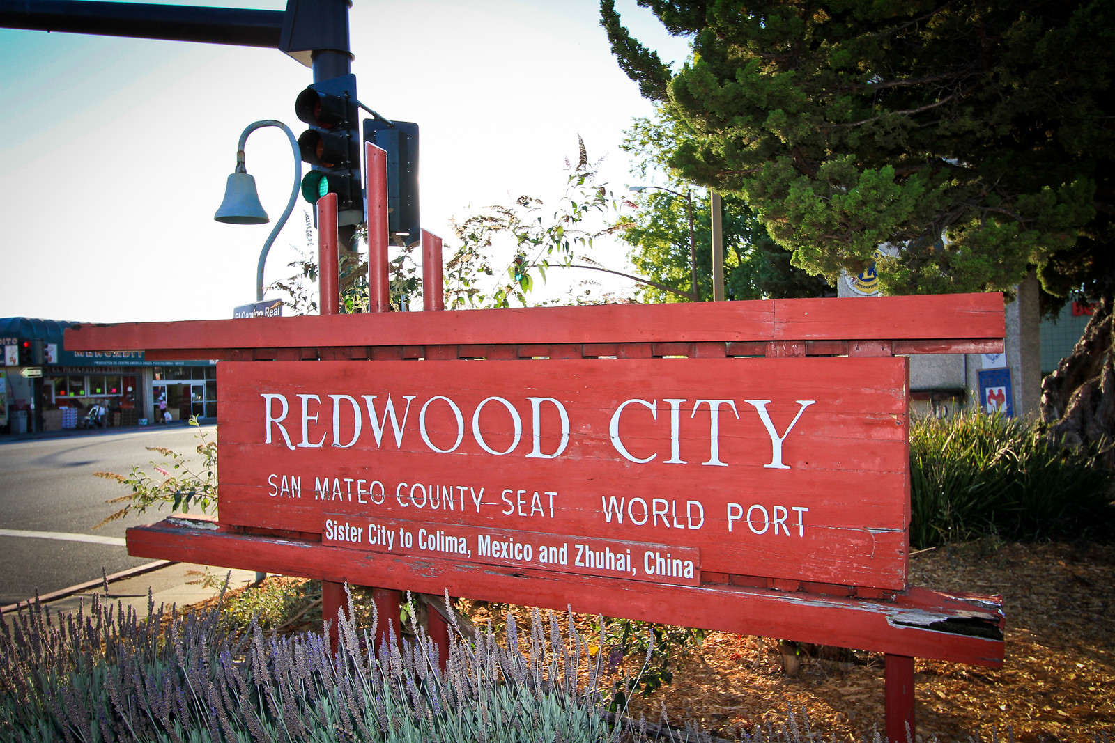 Redwood City Red Sign.jpg