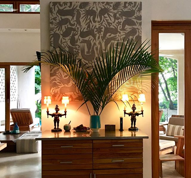 Lighting up dusk #interior #style #design #decor #luxury #beachfront #vacation #retal #villa #santateresa #costarica