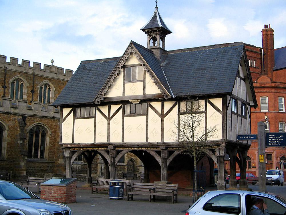 Market Harborough Grammar School In The Centre of Our Quaint Market Town