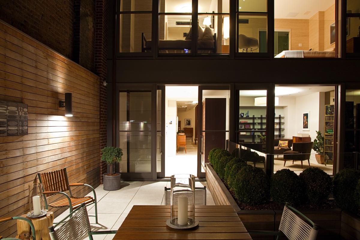 7.ATI---EB-Exterior-Garden-+-Interior-Evening_WEB.jpg