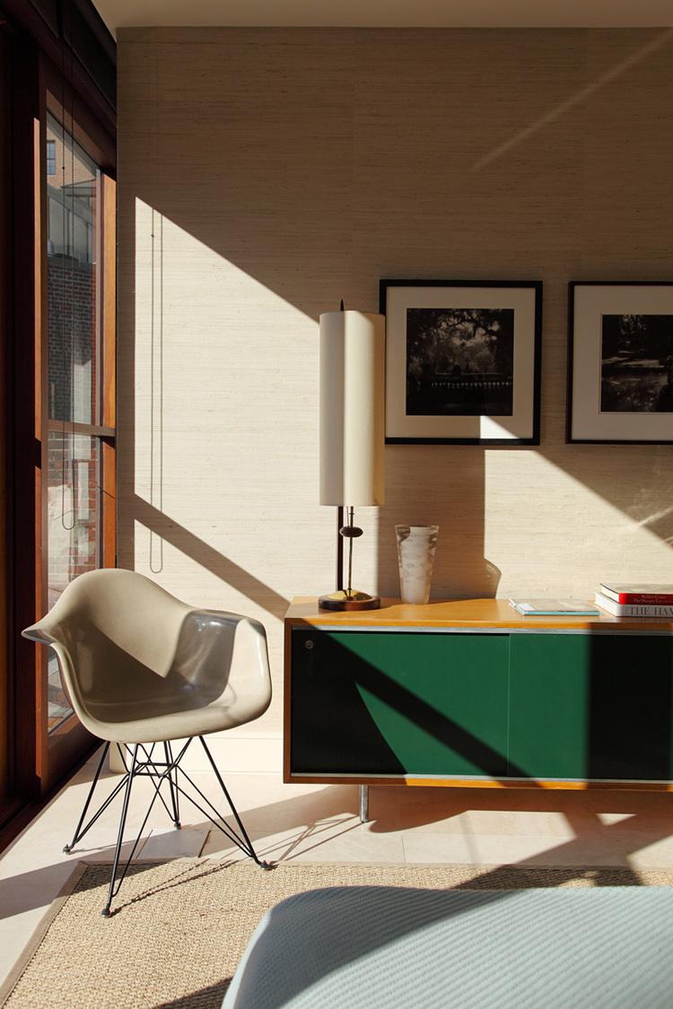 11.-ATI---EB-Bedroom-Vignette_WEB.jpg