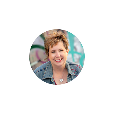 Founder and Executive Director of Xpose Hope, Betty leads the Xpose Hope outreach teams in all locations.