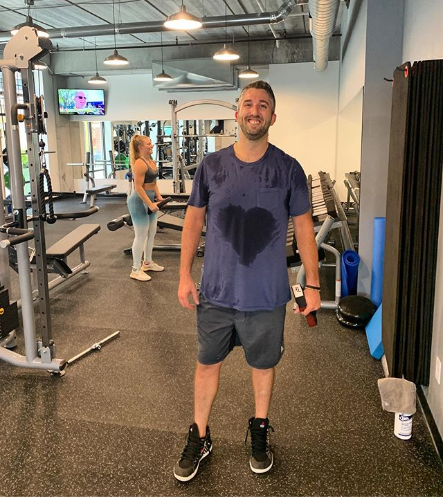 When your effort at the gym is all heart... and you have the sweat stain to prove it😂😂❤️ We have the best trainers at PKFit! Meet John Pulera! Side note: he's a Bears fan🤢 #PKFit