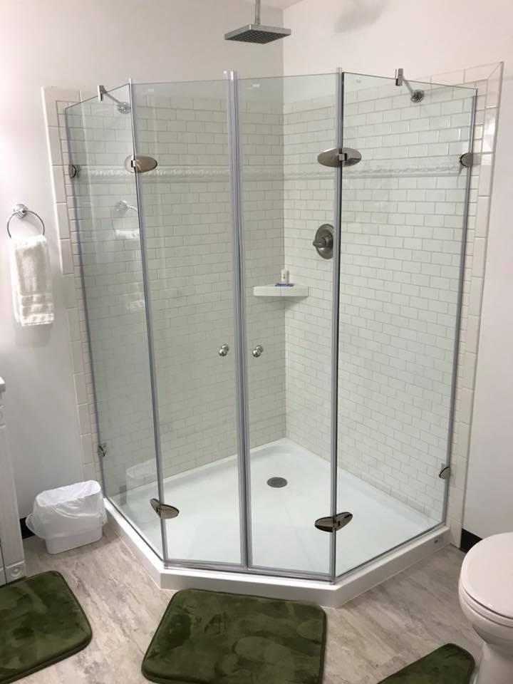 inn 202 shower.jpg