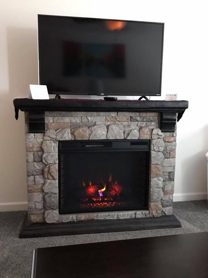 inn 204 fireplace.jpg