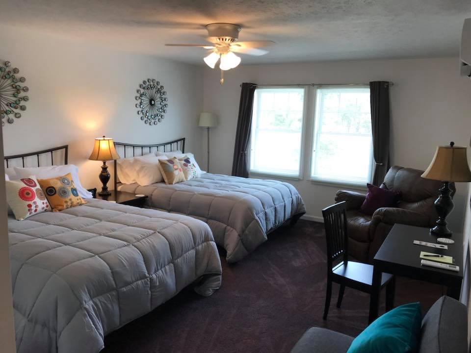 inn 205 bedroom.jpg