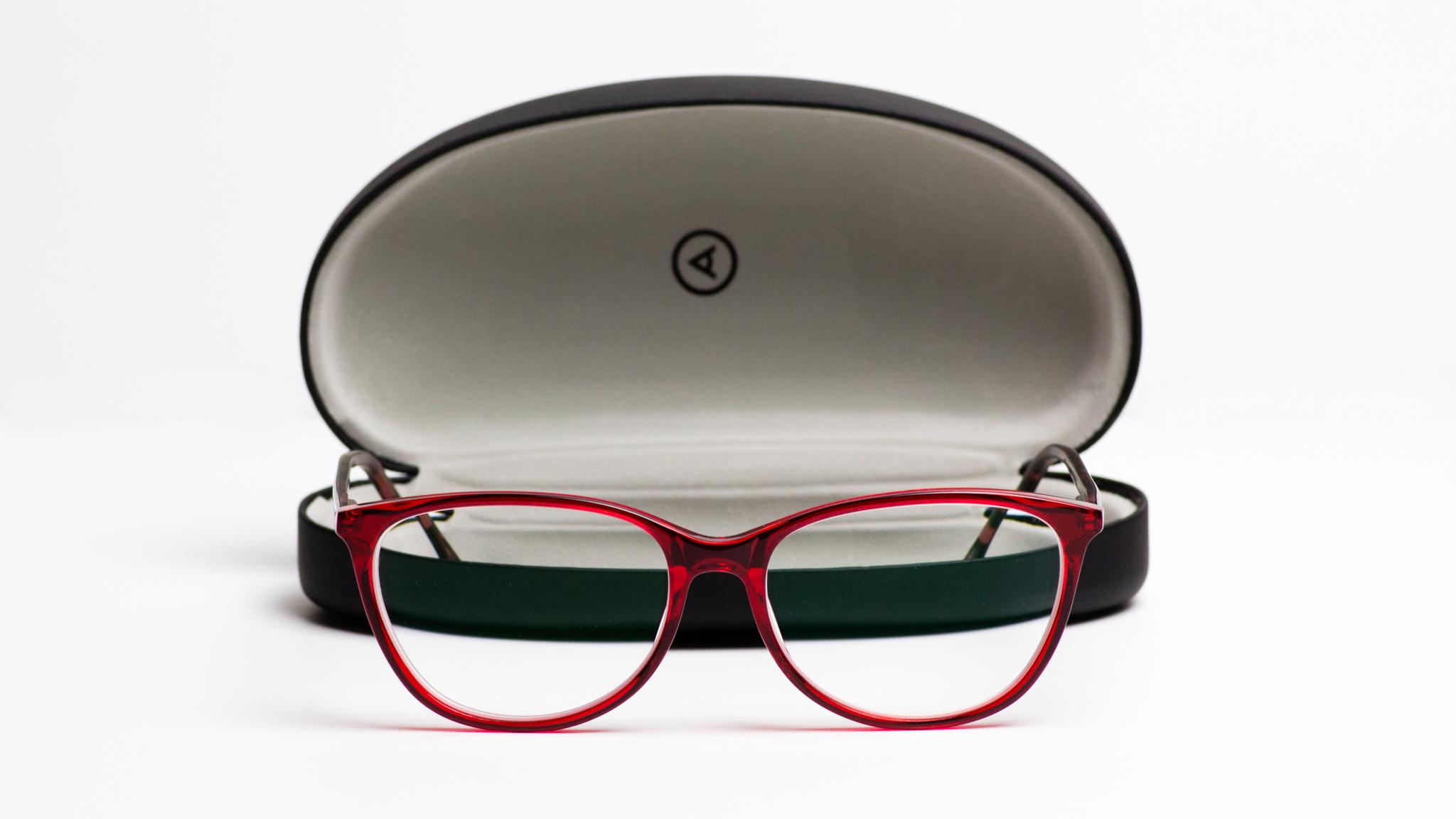 Ginger-Me-Glam-Ottica-Sponsored-Review-Red-Glasses.jpg
