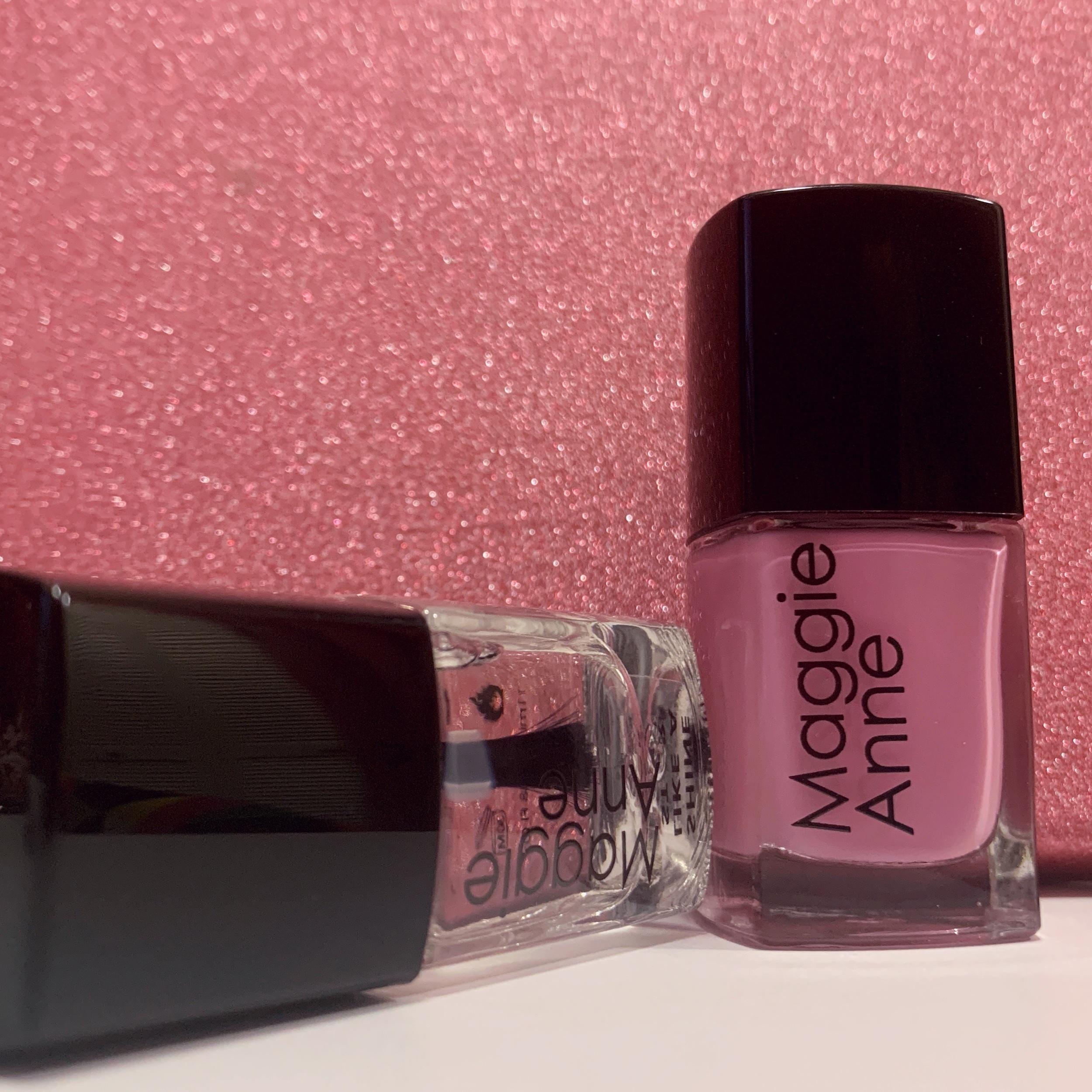 nail polish up close.jpeg