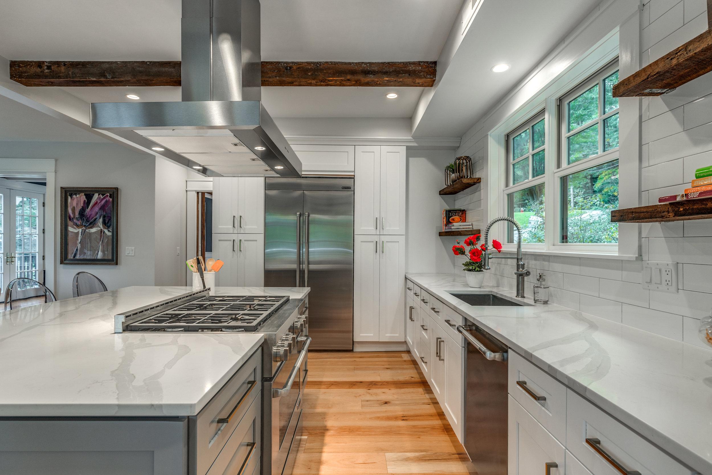 16_Kitchen-5.jpg