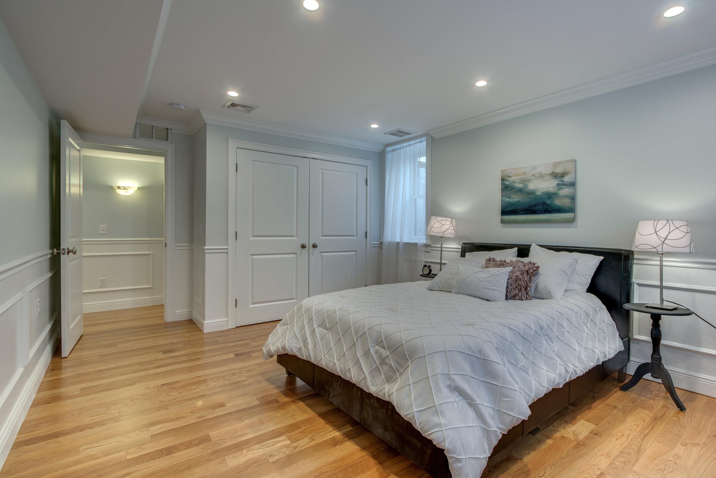 28_Bedroom3-2.jpg