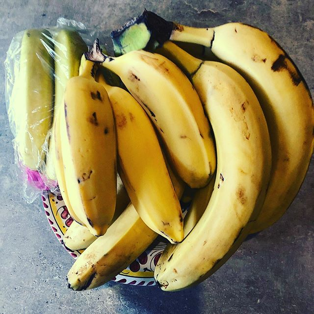 Got carried away with online banana shopping ...#banana #sustainableagriculture #nutrition #fruit #bananabread ##bananapancakes