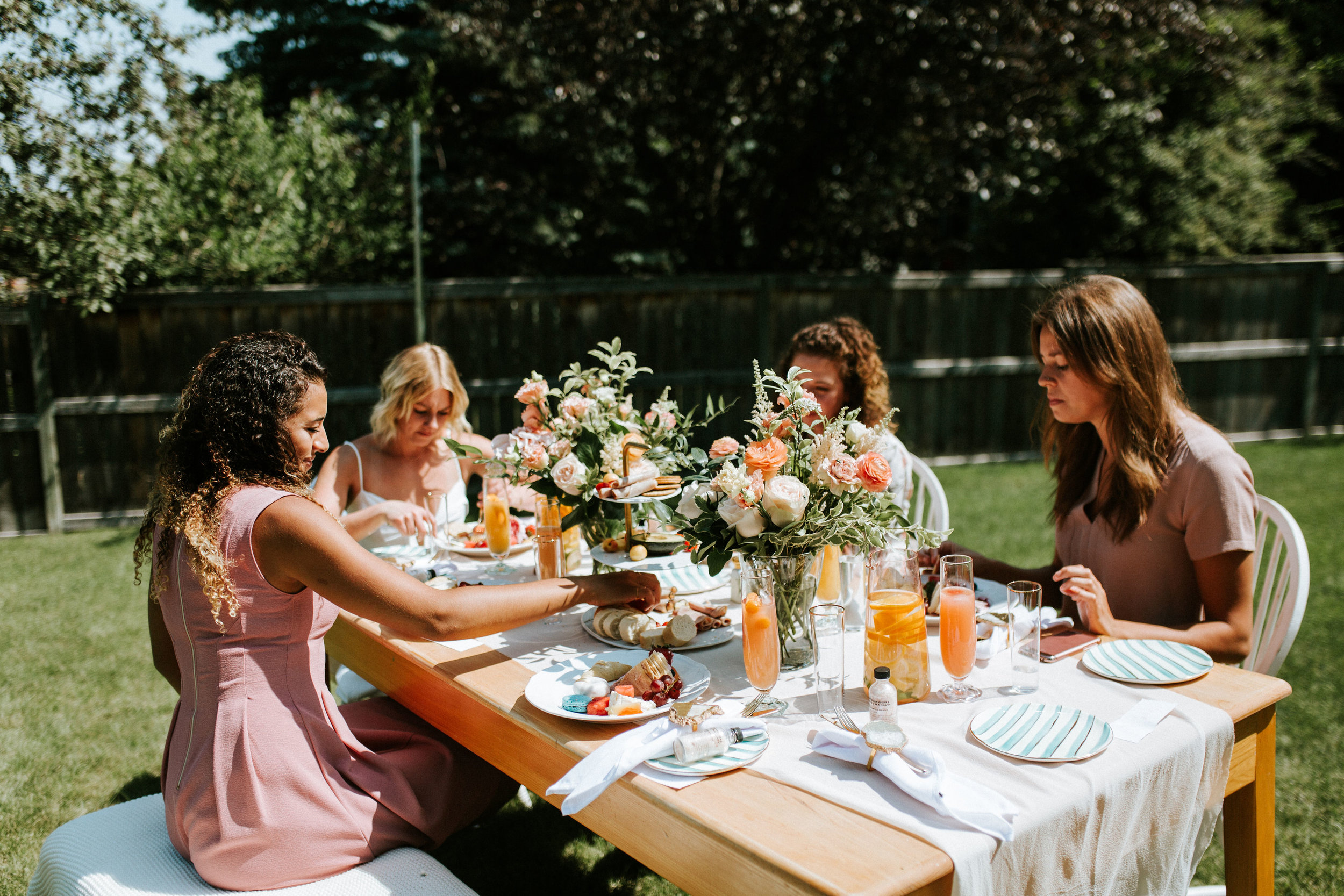 6 Essesntial Elements for Hosting The Perfect Babe Brunch - Bronte Bride