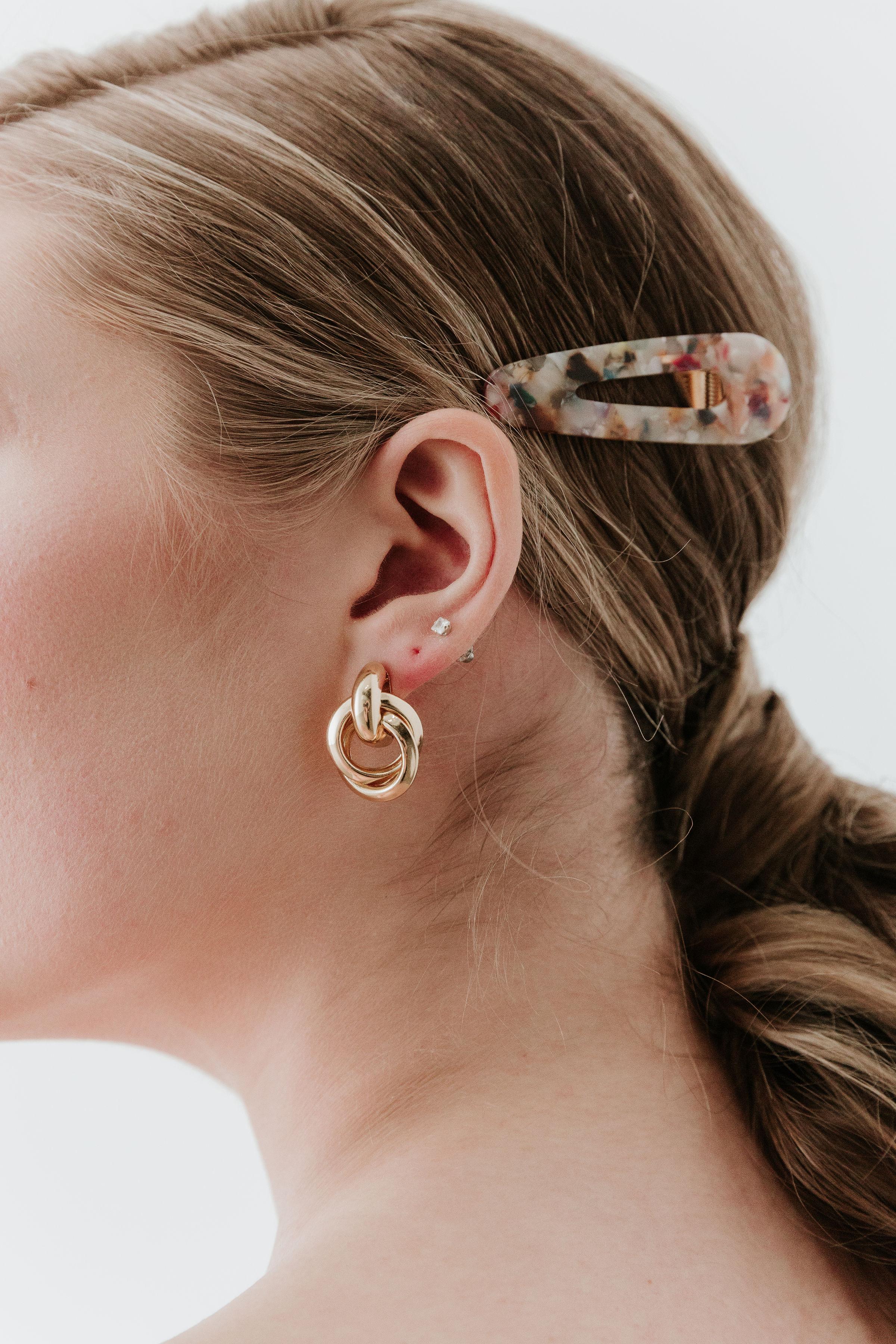 Jewelry - Coutukitsch