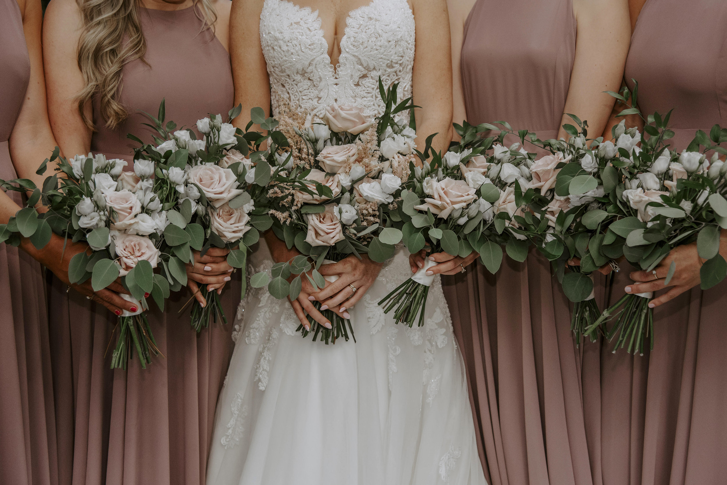 Bouquet Inspiration: 8 Bridal Party Bouquet Pictures Sure to Get You in the Mood For Wedding Season