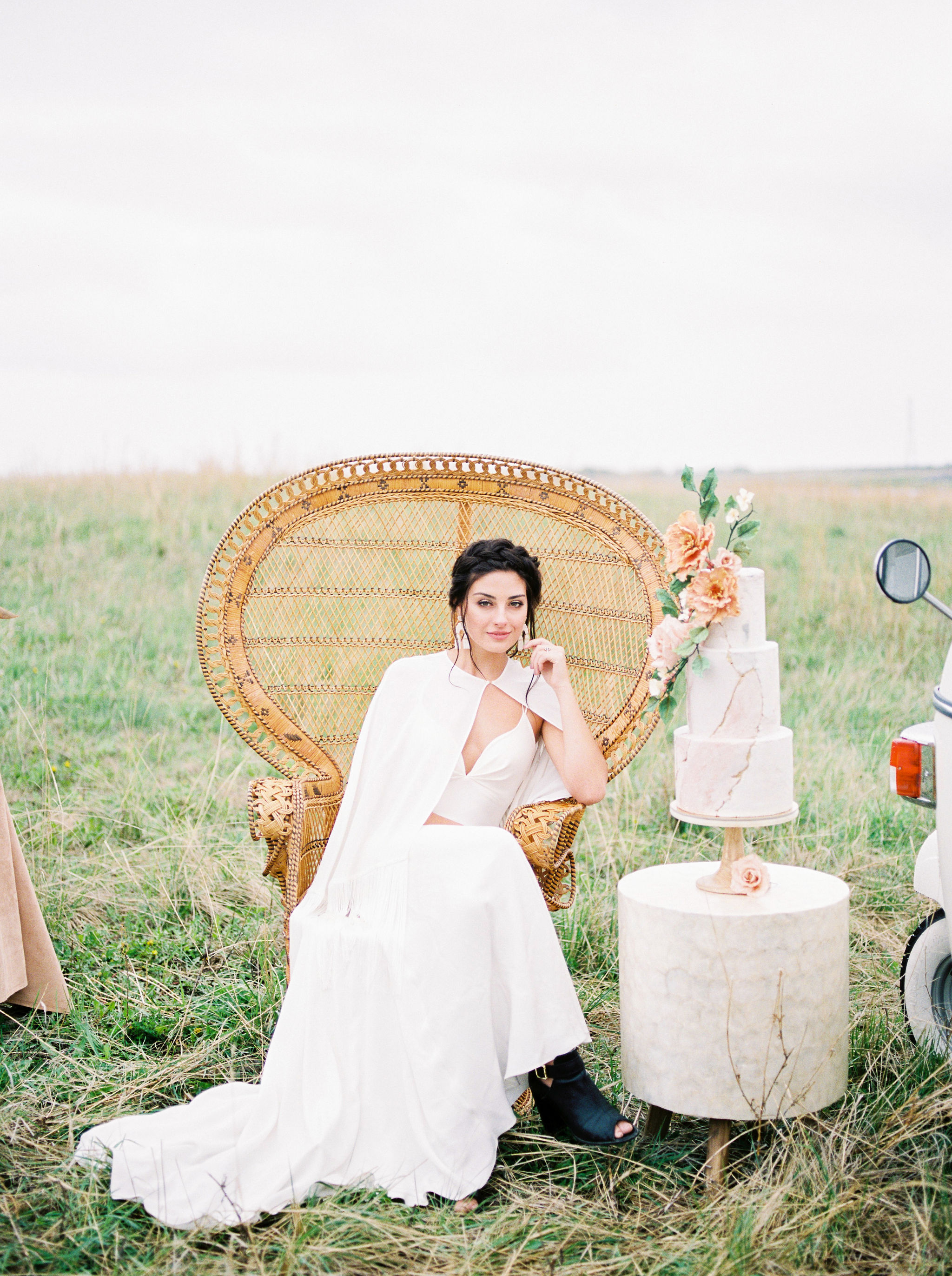 Modern Terracotta Inspiration Shoot // An Ethereal Editorial at Ralph Klein Park - on the Bronte Bride Blog
