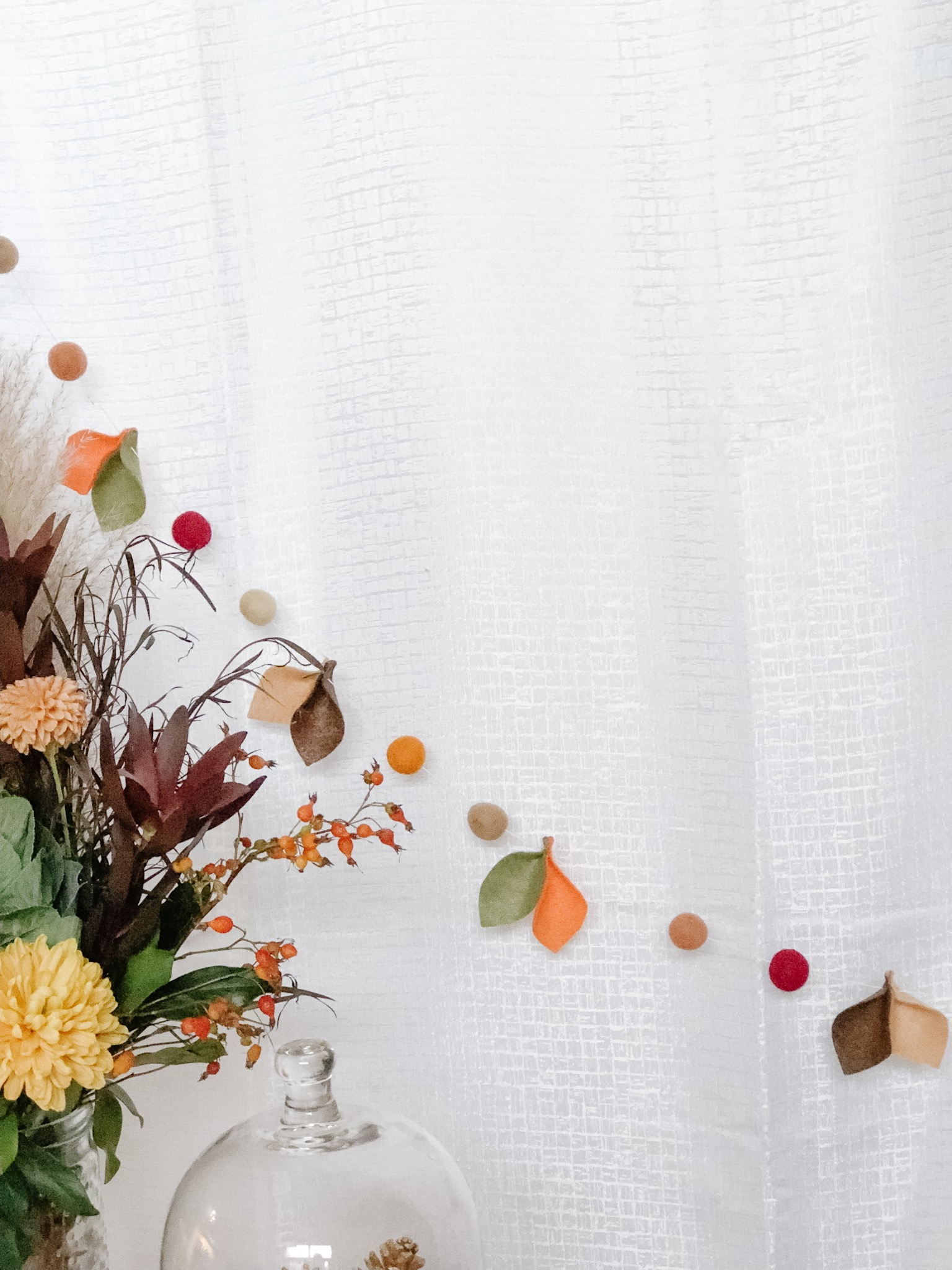5 Ways Under $30 to Decorate Your Home for Fall - on the Bronte Bride Blog
