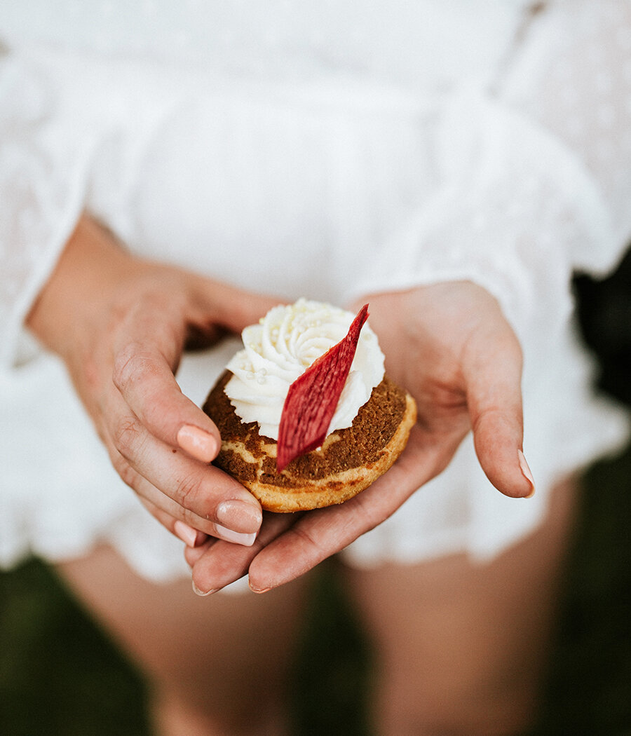 8 Desserts to Have At Your Bridal Shower Instead of Cake // Let's get Local