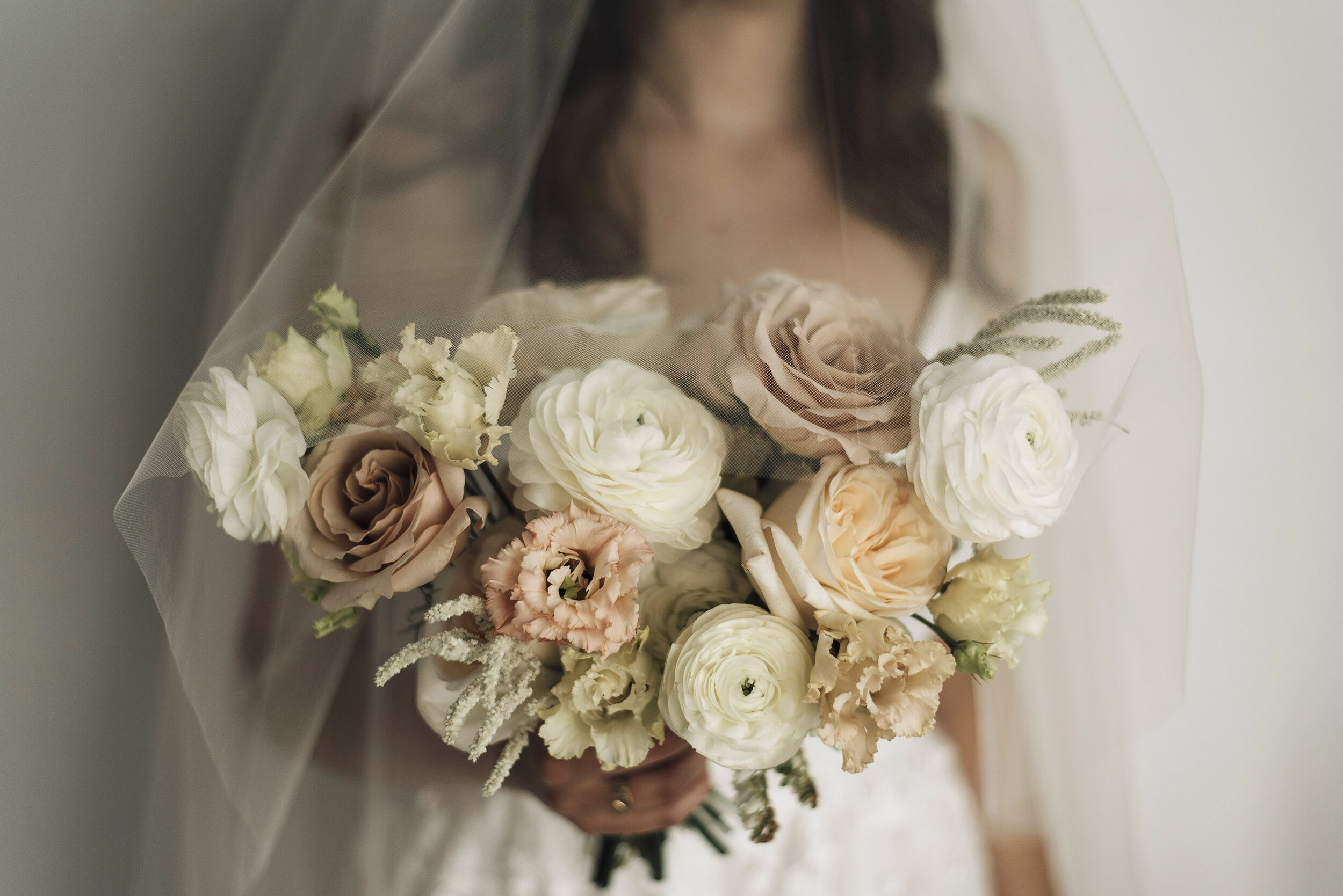 Bringing Back the Flower Crown: Organic & Ethereal Bridal Inspiration Shoot