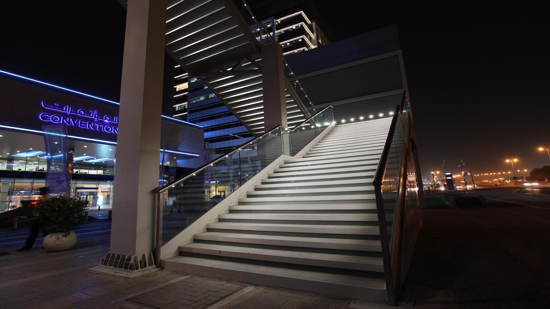 World-Trade-Centre-Dubai4.jpg