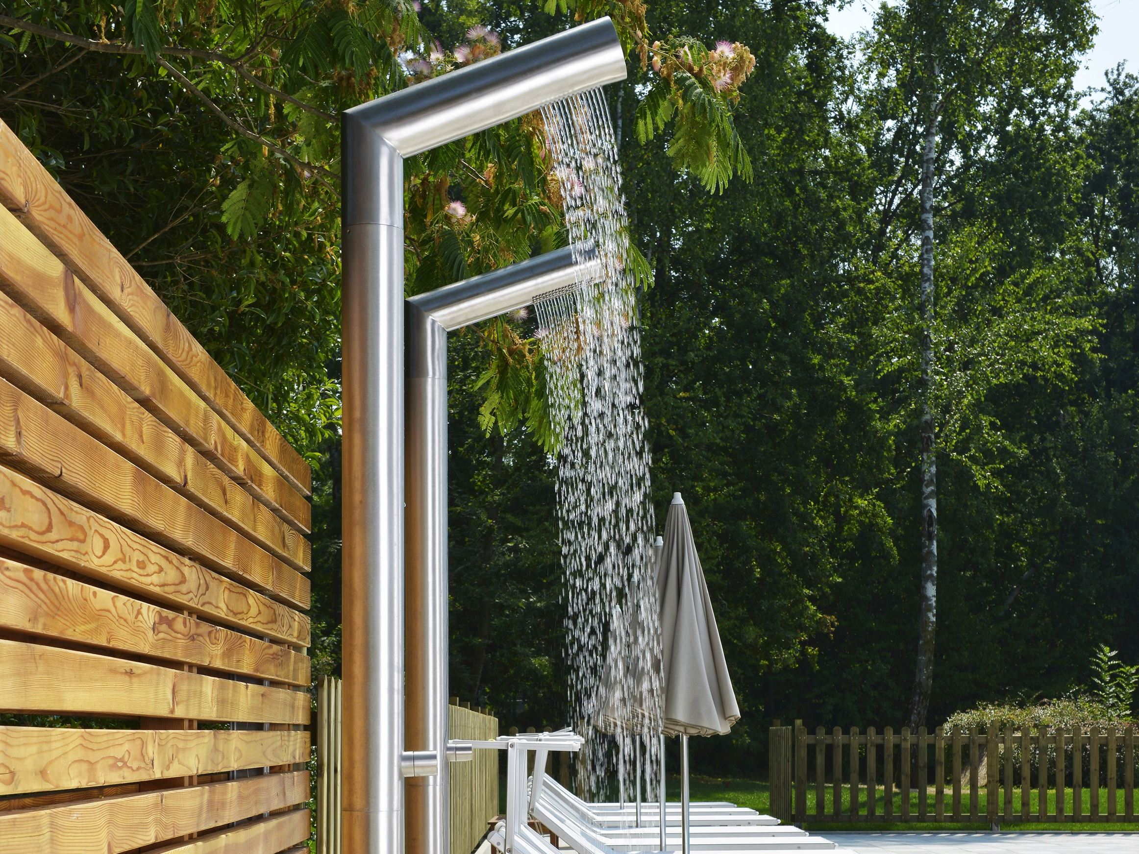 metrix-cristina-stainless-steel-outdoor-showers-1.jpg