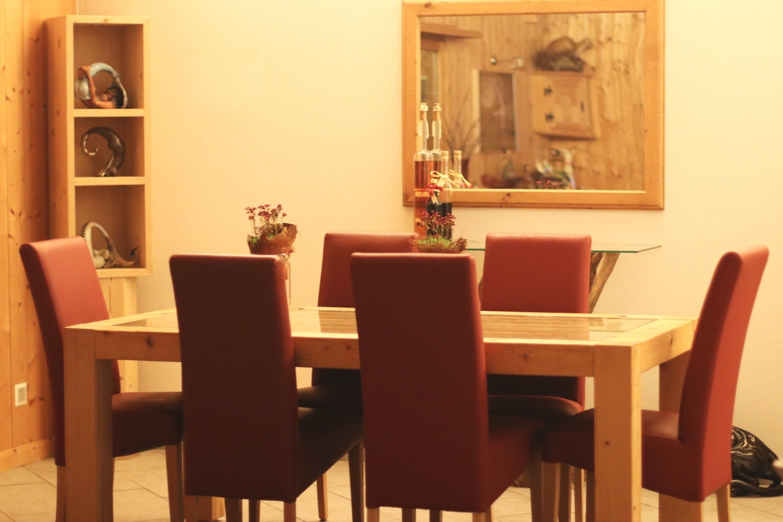 Jägertisch mit Glasplatte und Spiegel Altholz