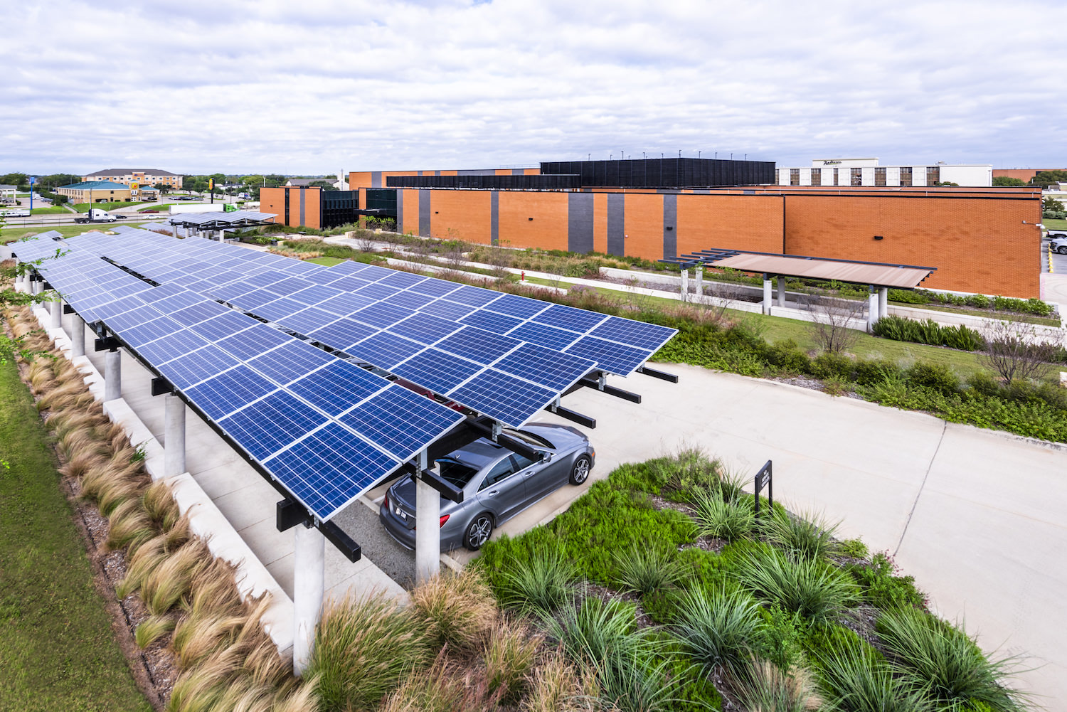 Architecture Exterior, Commercial Exterior, Solar Panels, Data Center, Elevated View