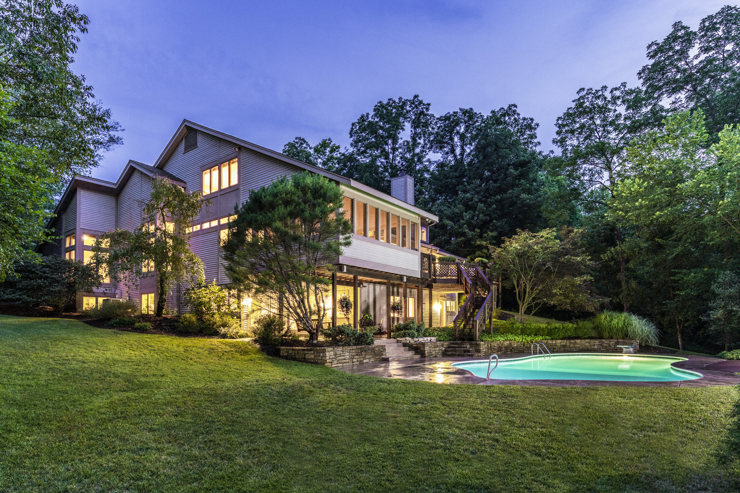 Real Estate, Residential, Exterior, Swimming Pool, Dusk