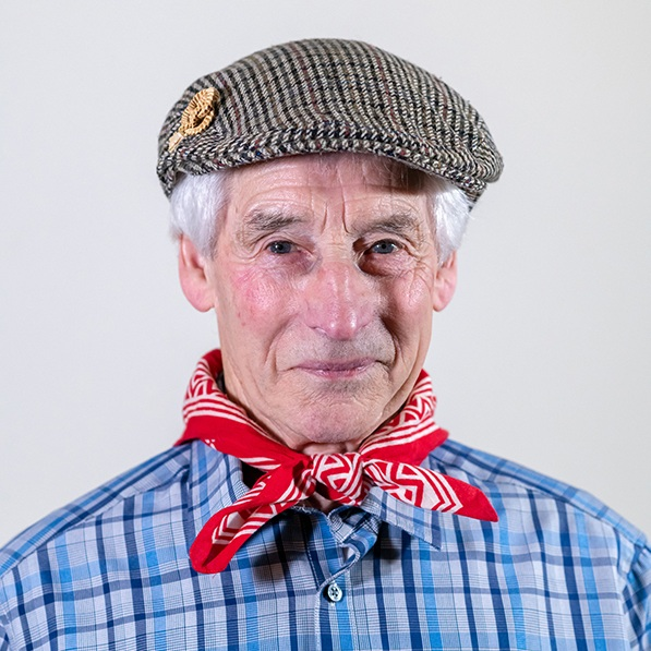 Hector Riddell   Hector Riddell   was born in Leochel Cushnie near Alford in 1937, and now bides in Finzean, near Banchory, in Aberdeenshire. In February 2019, he was crowned Bothy Ballad Champion of Champions in Elgin for the sixth time.