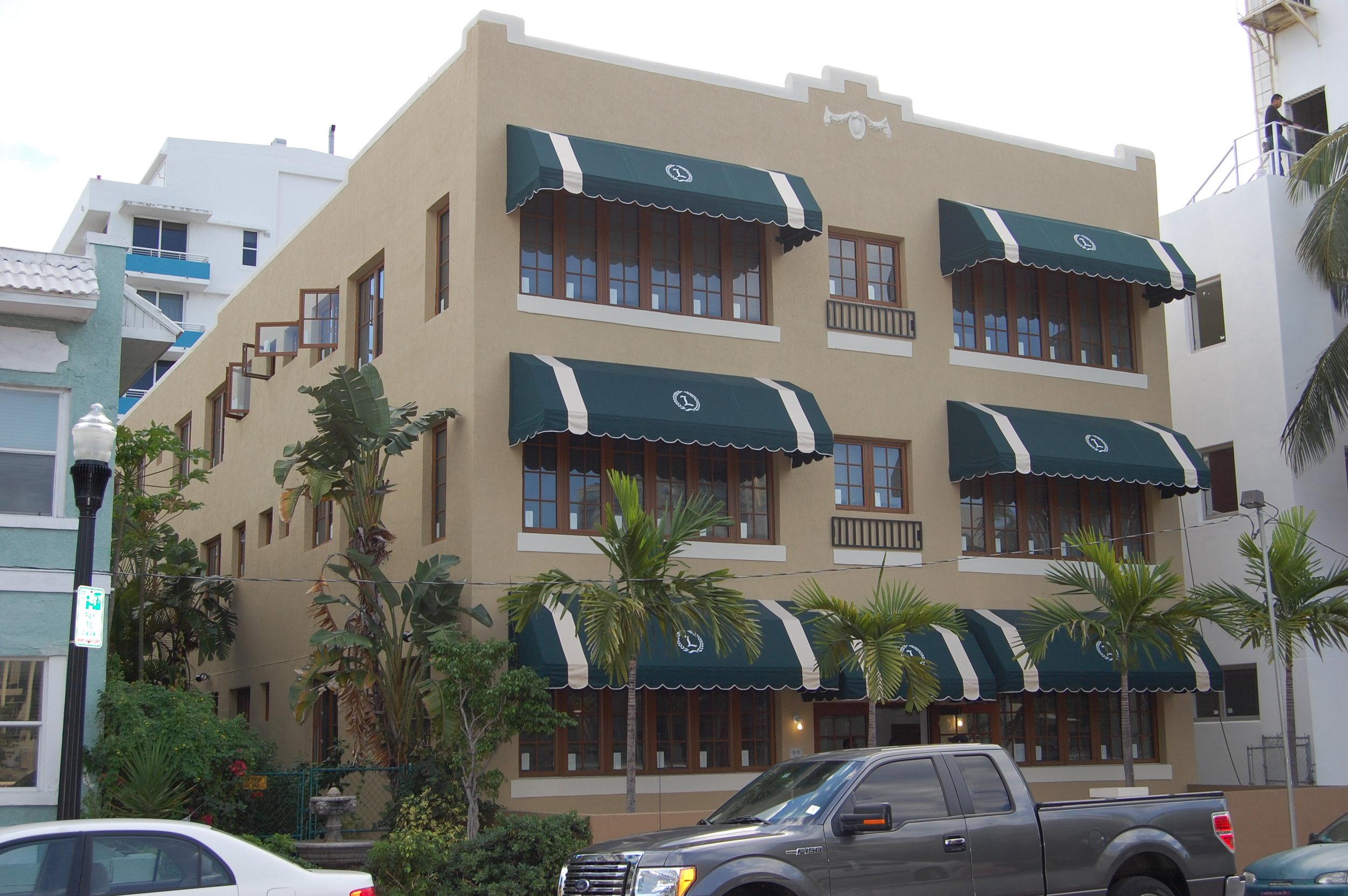 Lois Apartments.jpg