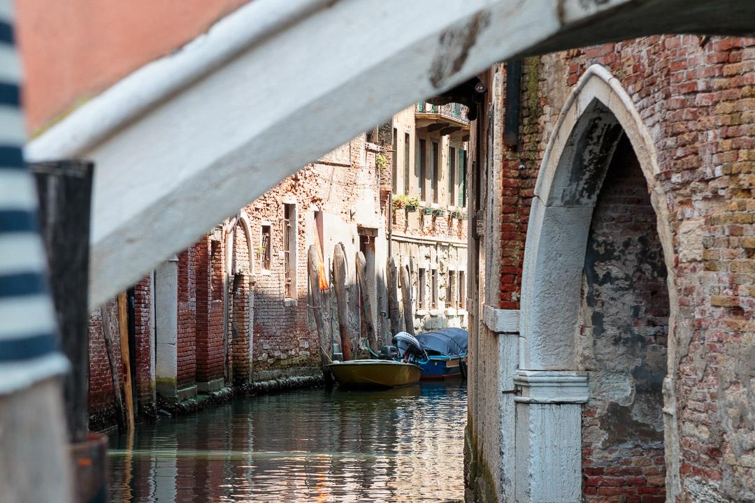 10-4893 Hiden Venice