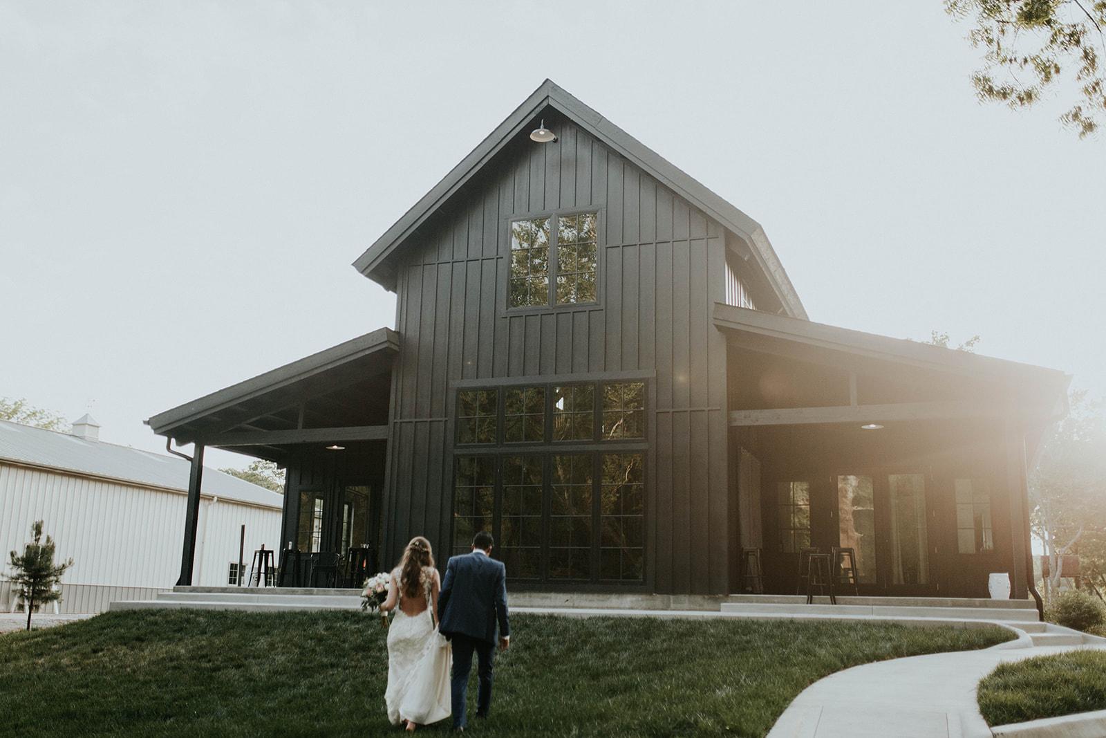 sunset-wedding-portraits-black-barn.jpg