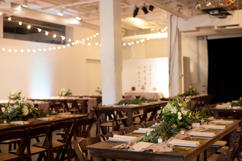 Wedding+at+Living+Arts+Museum+in+Tulsa+-+eversomething.jpg