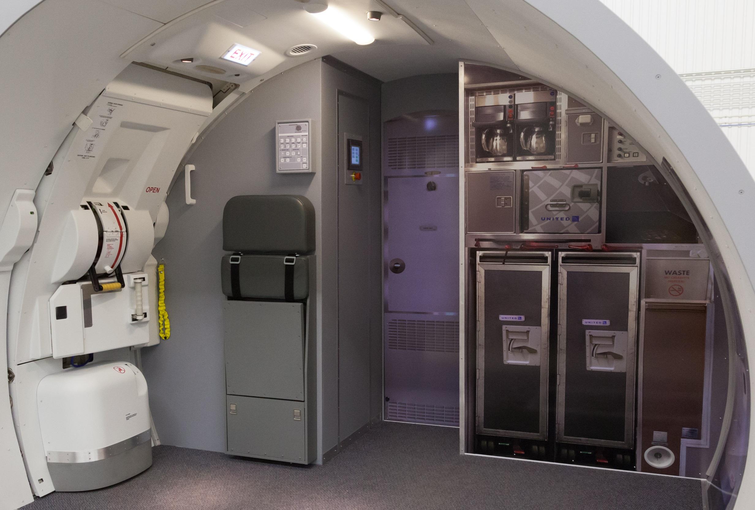 E170/190 Door Trainer
