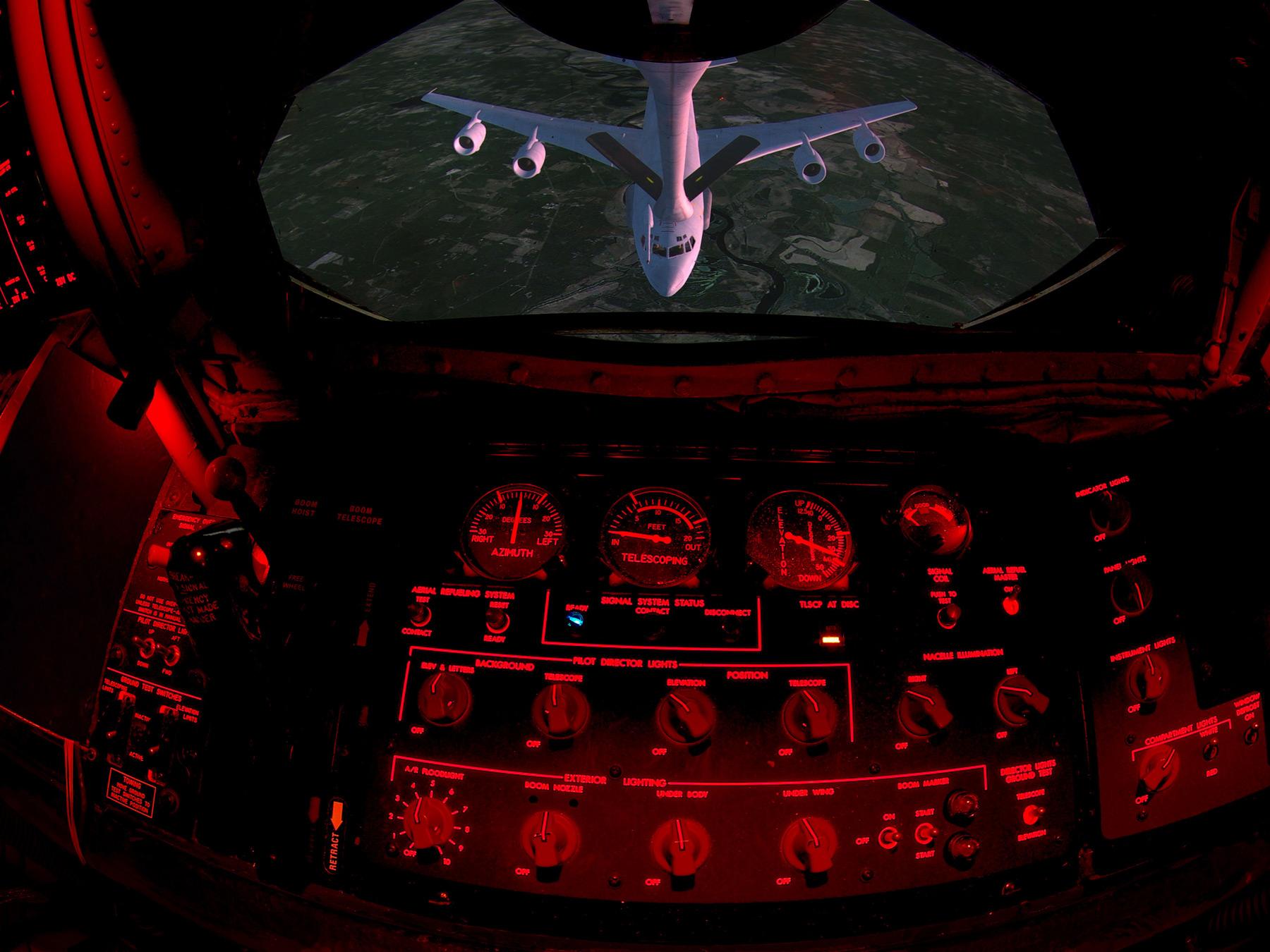 KC-135 BOWST