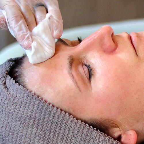 """PCA Skin Peels - 45min initial peel $95 