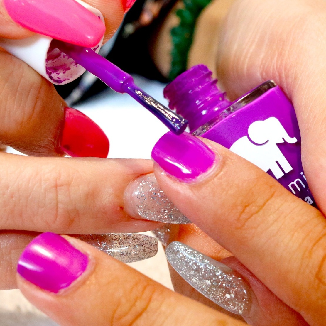 Polish Change - $18 (10min)Switch out your color or get a touch up.