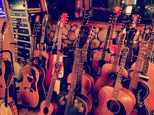 Acousticville from the EP sessions. Back left corner is a 12-string that made its way on most of the record. Somewhere in there is also the 60's @gibsonguitar J45 that strums through L.A. Morning and all of Where You Came From.