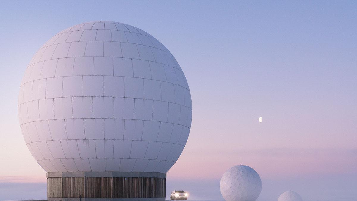 Half moon Svalbard, Wu.jpg