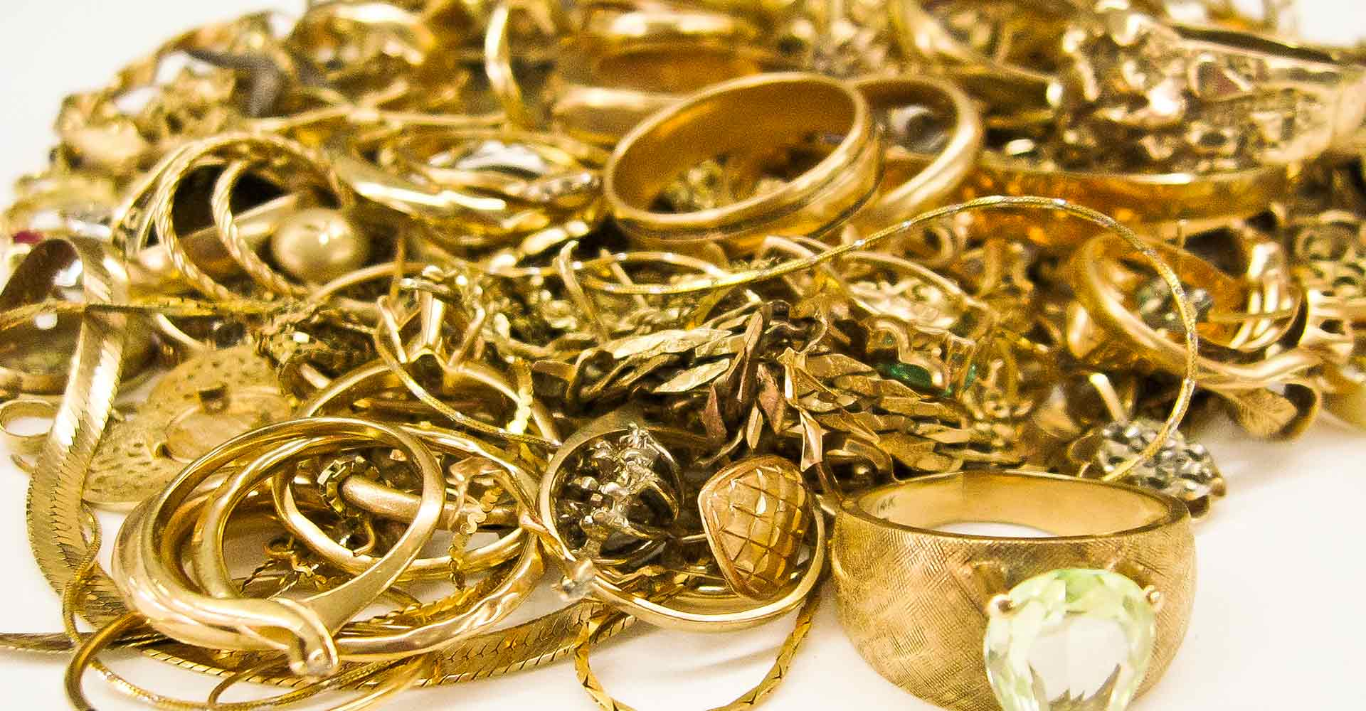 Gold Buying - Gold Buying Service of Ramesh Jewellers, has a full team of jewellery brokers to buy your unwanted gold. We also purchase diamonds, precious gems and coins. We pay the highest prices in the area and will beat any competitor's price.Since 1969 we have been running this family owned business with customer satisfaction at the forefront. We have our own gemologist that has always had a passion for studying gems. If you are in a bind and have unwanted gold, diamonds, precious gems and coins, we can help you out. We will buy your gold, diamonds, precious gems and coins, and give you top dollar in exchange for them. Our honest business and experience in this field make us the best jewellery brokers in the area.