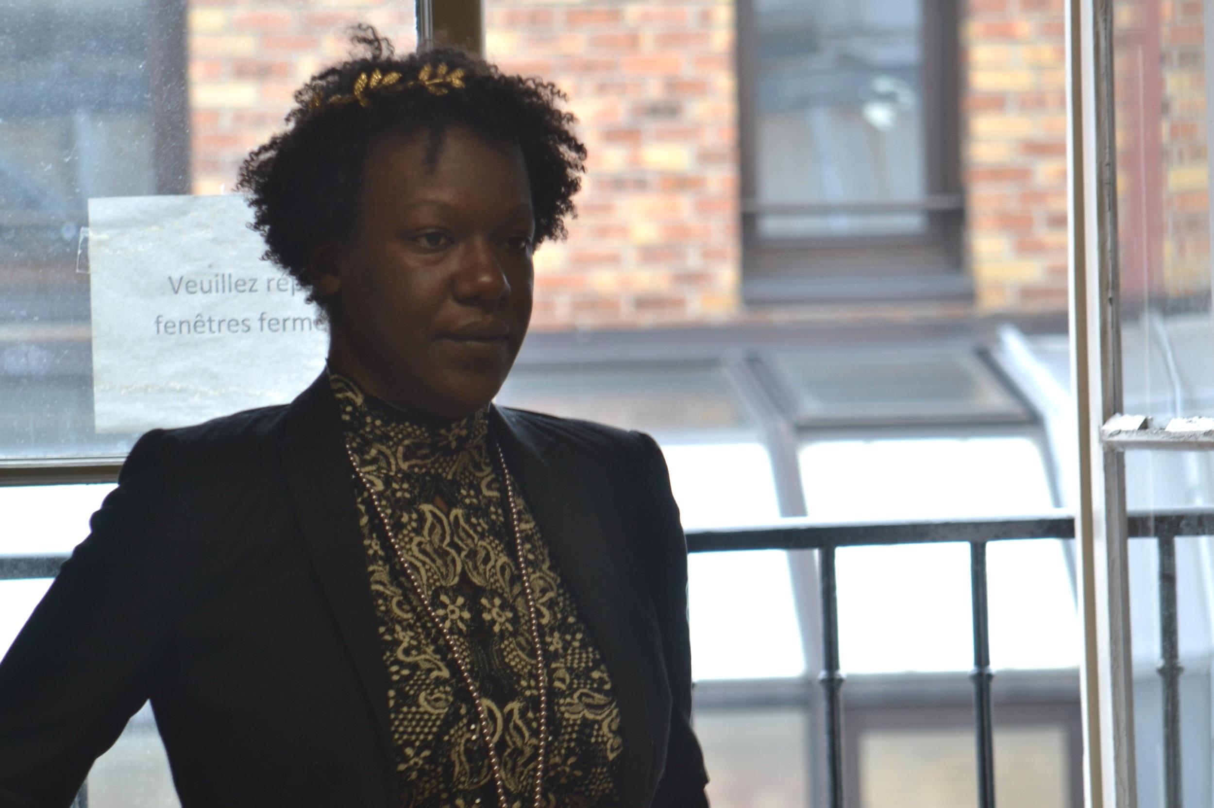 Audrey Mikondo répète son rôle de Oberon de  Le songe d'une nuit d'été