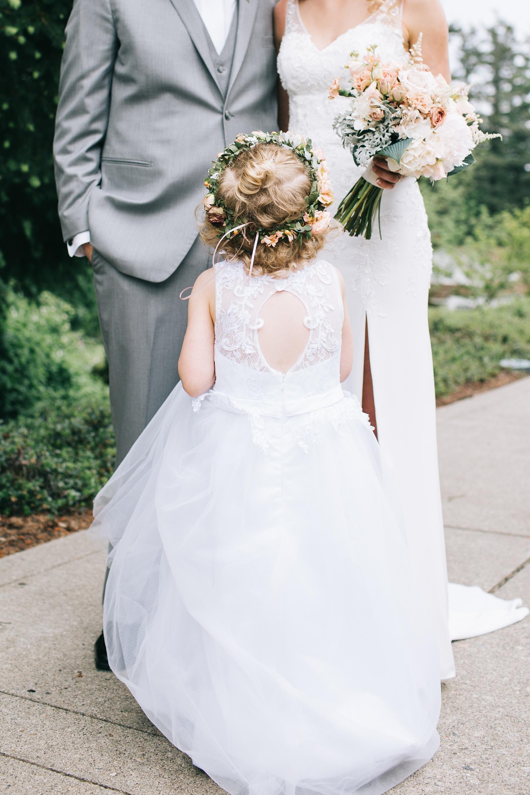 flower crown and brides bouquet.jpg