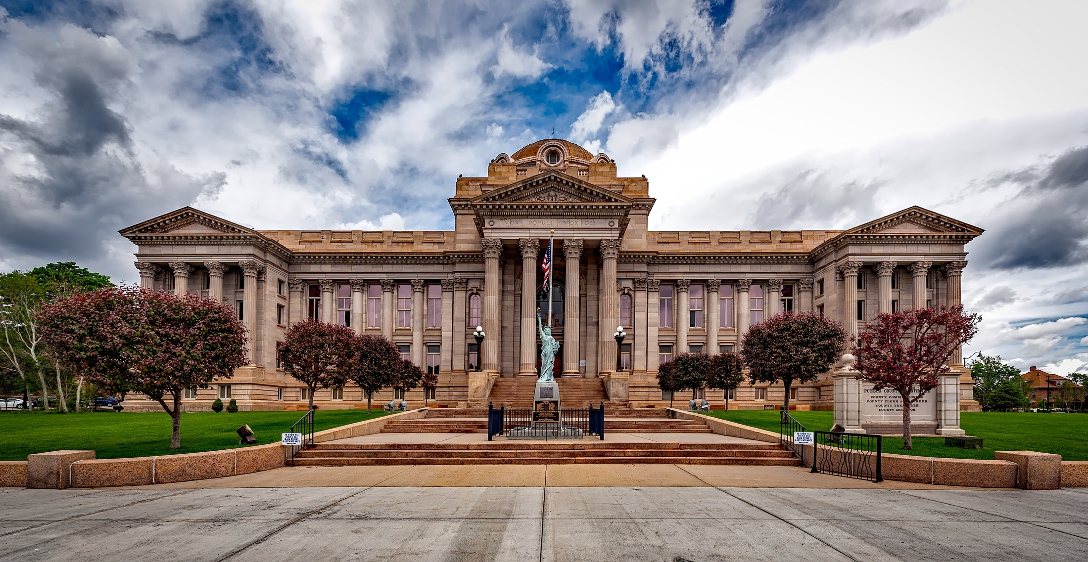 administration-ancient-architecture-208603.jpg