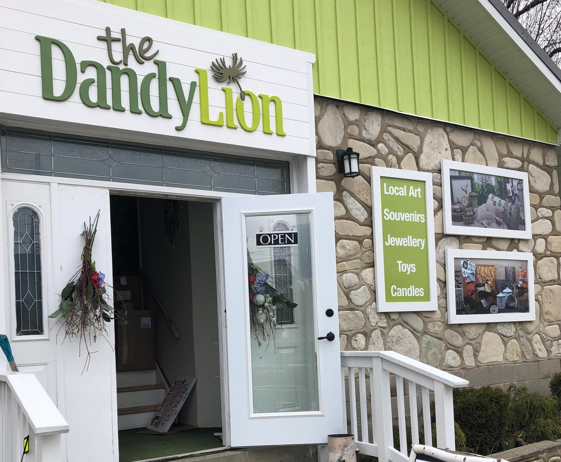 the+dandy+lion.jpg