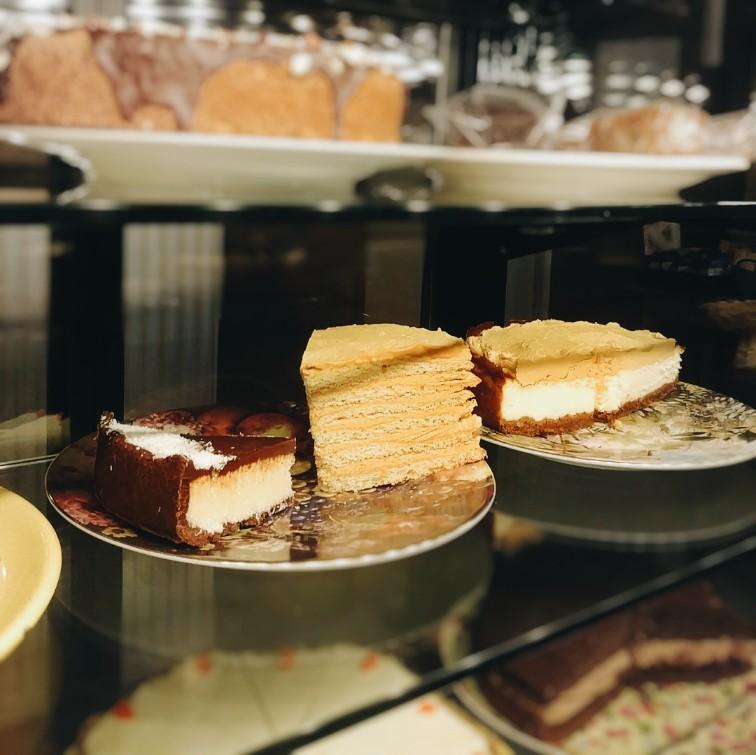 prague-ebel-cafe (9).jpg