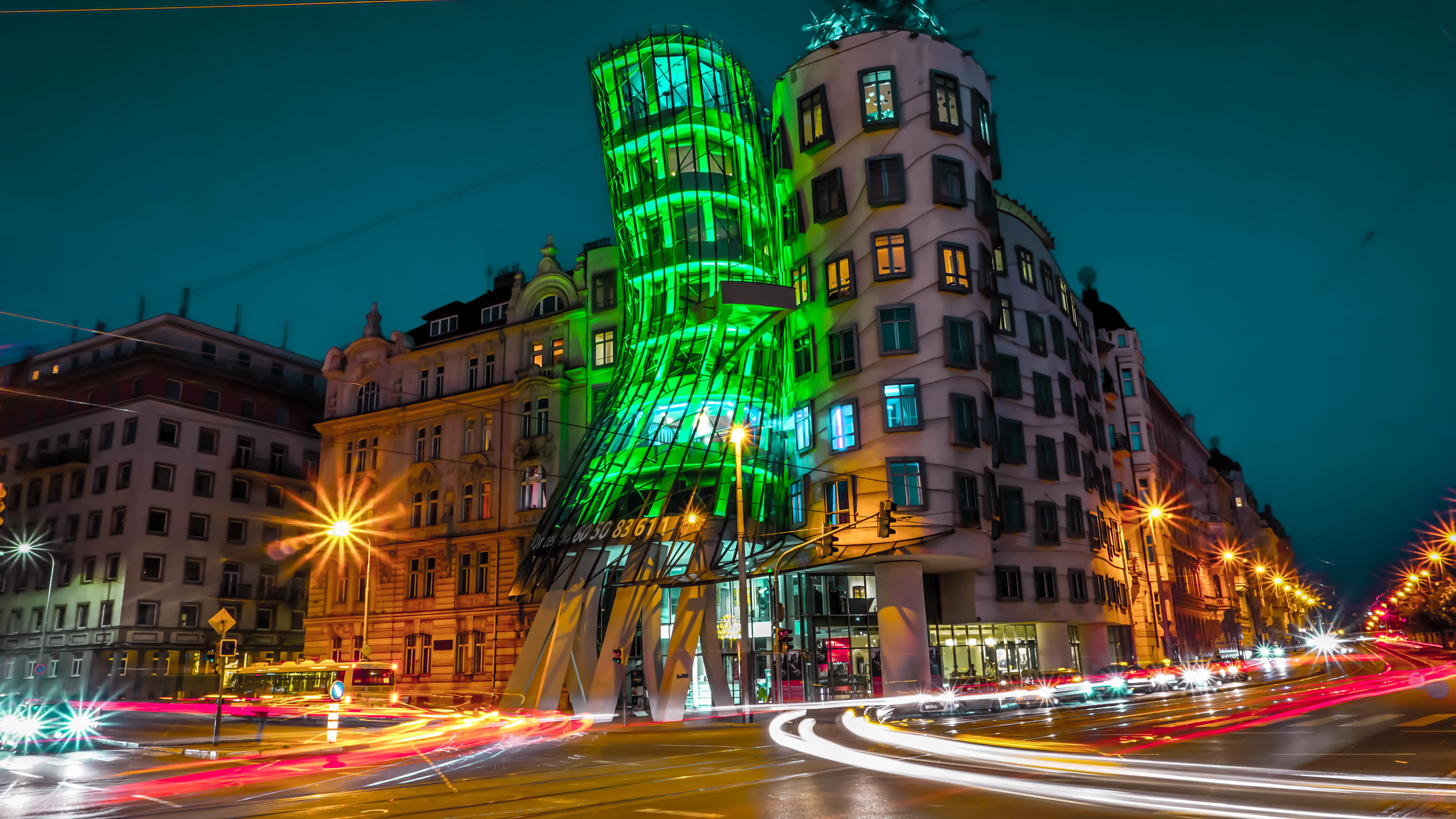 vaclav-havel-dancing-house