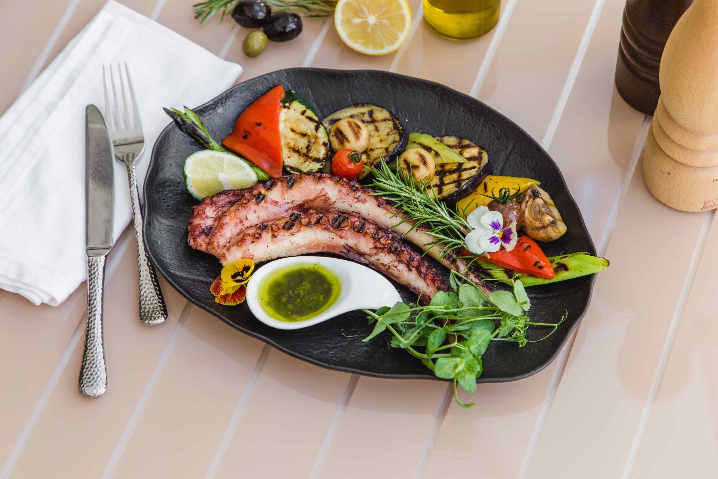 Anatolia Lounge Cafe | New Becici | Montenegro | Budva | Restaurant | Pool | Food | Drinks 12328.jpeg