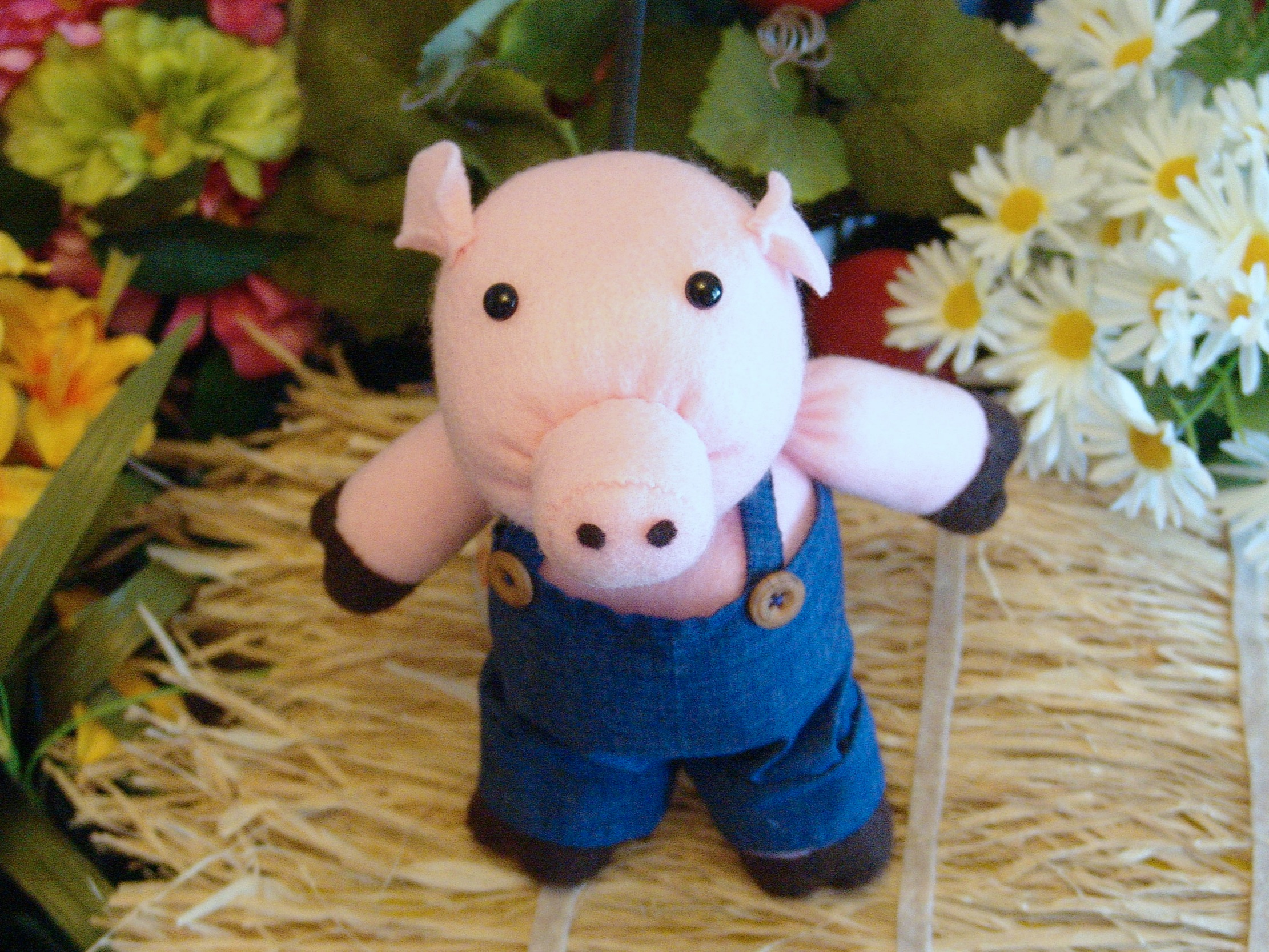 Three Little Pigs Puppet Show - WonderSpark is proud to continue the tradition of non-moving-mouth hand puppets, aka